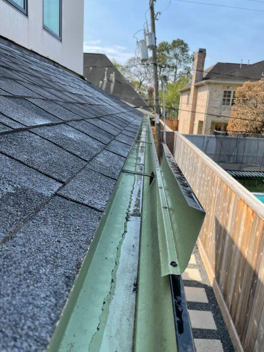 Gutter Cleaning In Houston